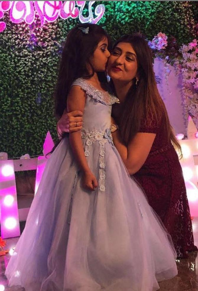 Juhi Parmar Throws Birthday Bash For Daughter, Samairra