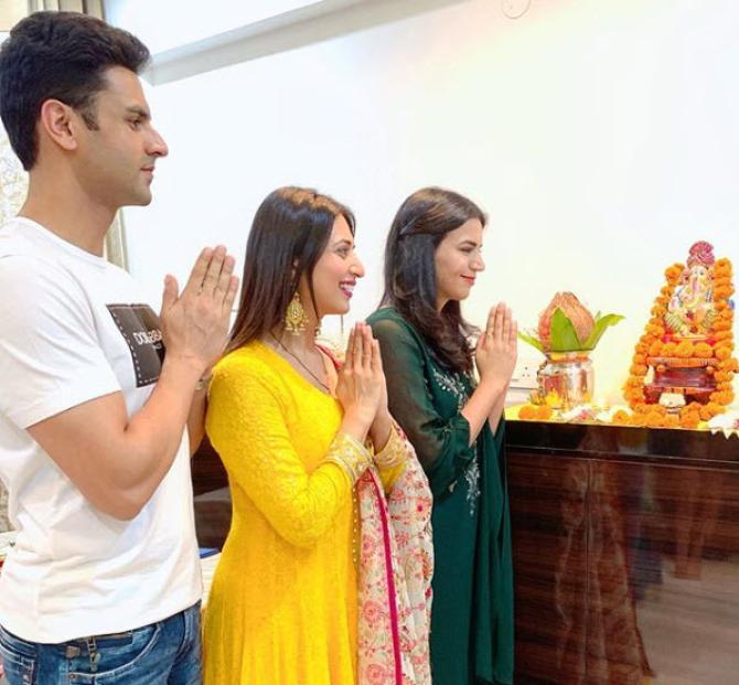 Divyanka Tripathi Dahiya, Vivek Dahiya and Riya Dahiya