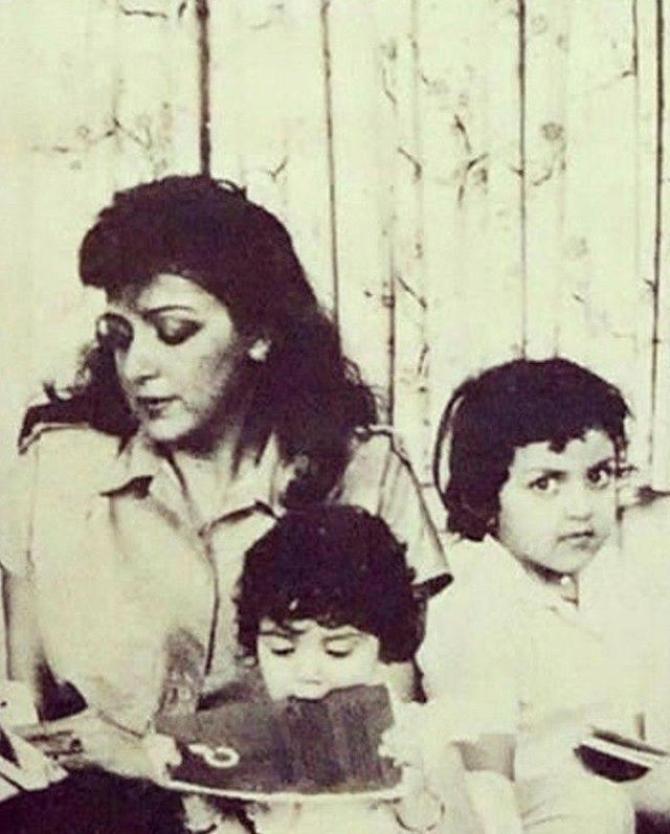 Esha Deol Takhtani, Ahana Deol Vohra and Hema Malini