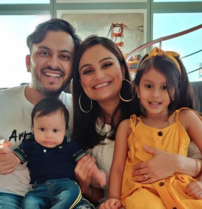 Dimpy Ganguly Roy, Rohit Roy, Reanna Roy and Aryaan Roy