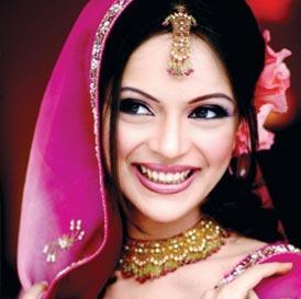 Muslim Wedding Makeup : Divalicious: Make up tips for Beautiful Muslim Bride