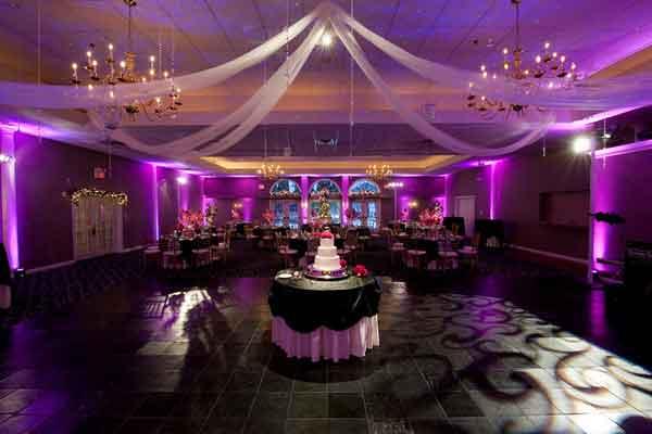 Lighting Styles For A Dazzling Wedding Bollywoodshaadis Com