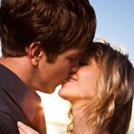 7 Types of Kisses for Passionate Lovemaking