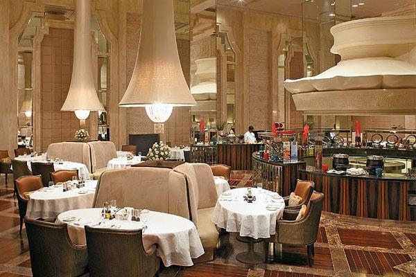 stunning and luxury wedding destinations in India 2015 ITC Grand Chola chennai