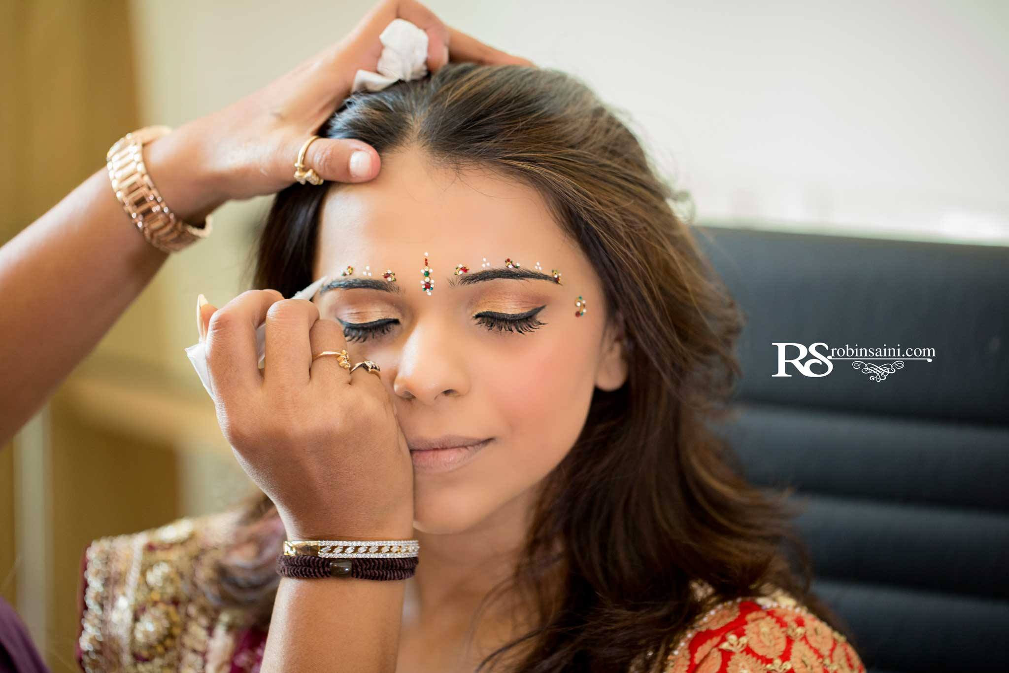 Top 10 Photos Every Indian Bride Must Have In Her Wedding Album
