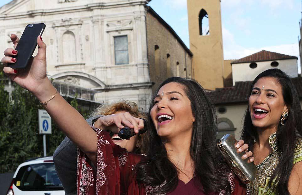 Rohan and Roshni/ Images Courtesy: Instagram, Splash News, EPA, Fame Flynet