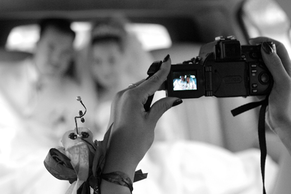 Ways Your Social Media Can Help In Your Wedding