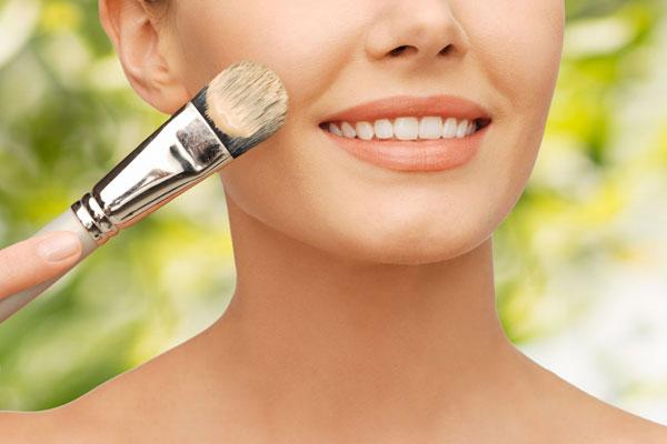 Makeup tricks to hide blemishes