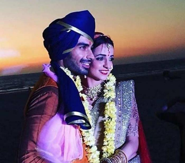 wedding story of sanaya and mohit