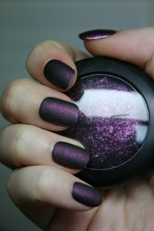 matte eyeshadow to make your own matte nail polish at home