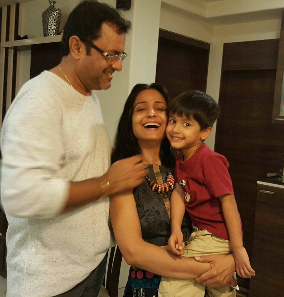 Sanjeev Seth Second wife Lata Sabharwal and son Aarav Seth