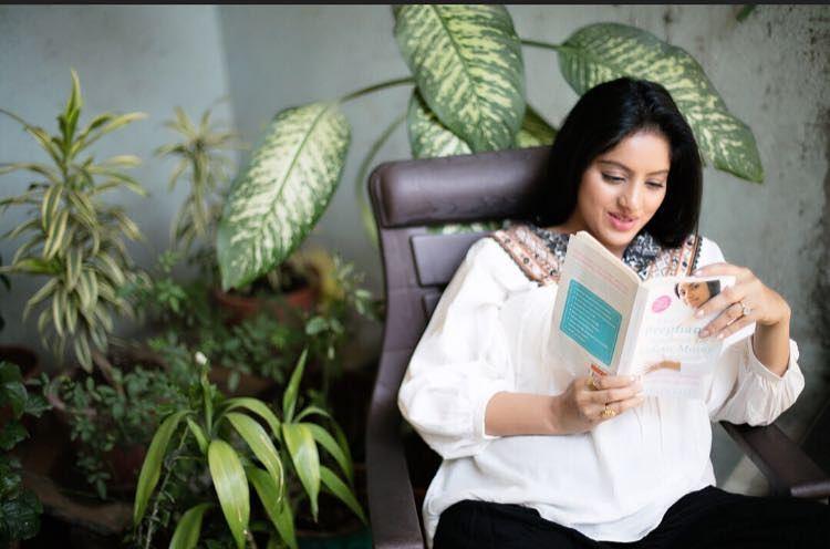 Diya Aur Baati Hum, Deepika Singh
