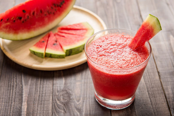Watermelon smoothie to lose excess weight