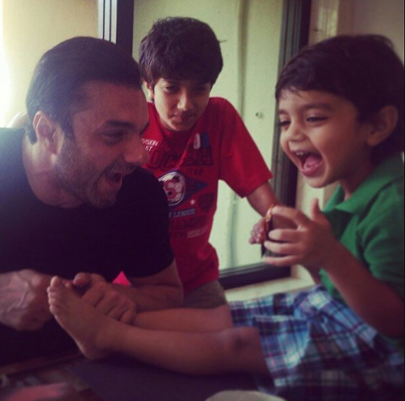 sohail khan with his sons