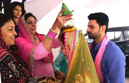 Unseen pictures of divyanka and vivek griha pravesh ceremony
