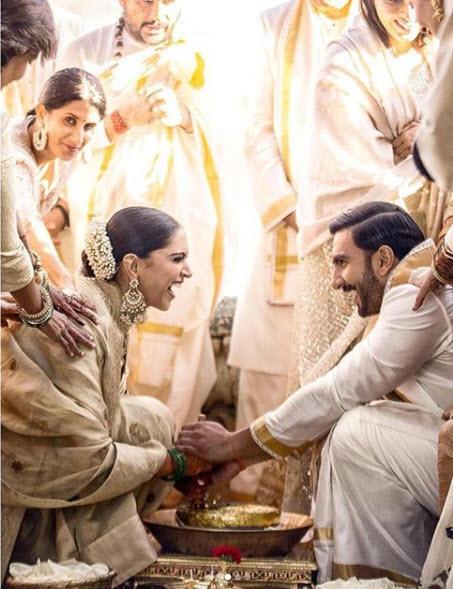 Ranveer Singh And Deepika Padukone Unseen wedding Pictures
