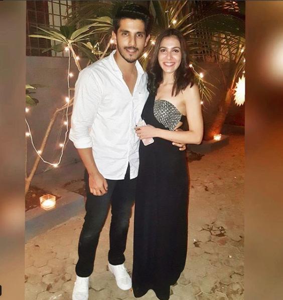 Kanwar Dhillon Is Dating His Co- Star Palak Purswani