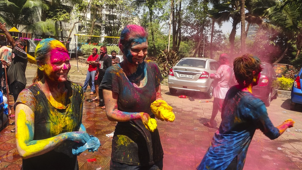 Protect Your Hair And Skin In Holi