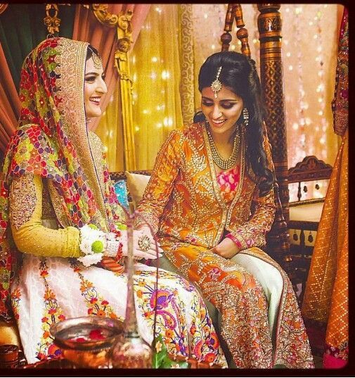Real brides with their siblings