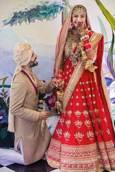5 Famous Bollywood Brides Who Wore Stunning Jewellery At Their Wedding