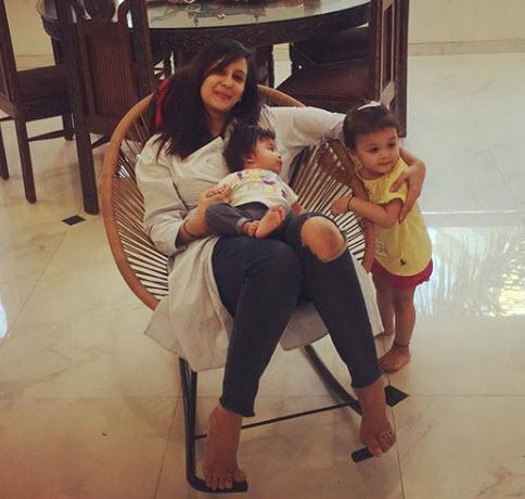 Chahatt Khanna with her kids