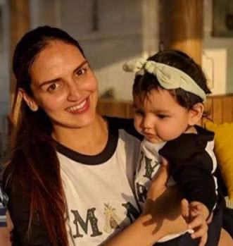 Esha Deol with Radhya