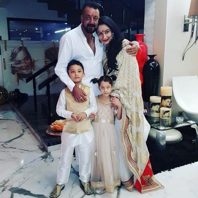 Maanayata Dutt Sings For Husband Sanjay Dutt On Her Birthday