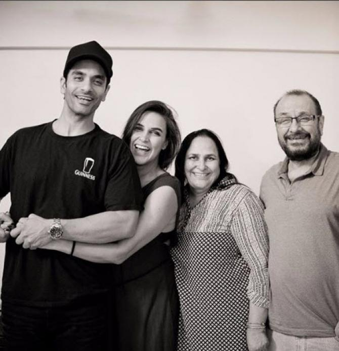 Neha Dhupia and Angad Bedi with family