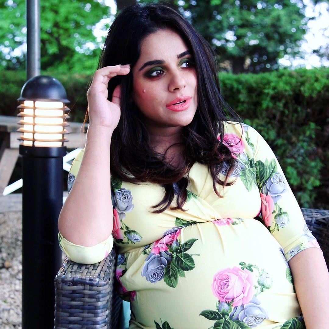 Sara Arfeen Khan Shares Unseen Pictures From Her Baby Shower