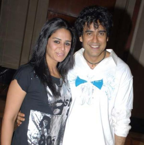 Mona Singh S Ex Boyfriend Karan Oberoi Reveals The Reason Behind Their Breakup After 13 Years The couple had been seeing each other for quite sometime before taking the. mona singh s ex boyfriend karan oberoi