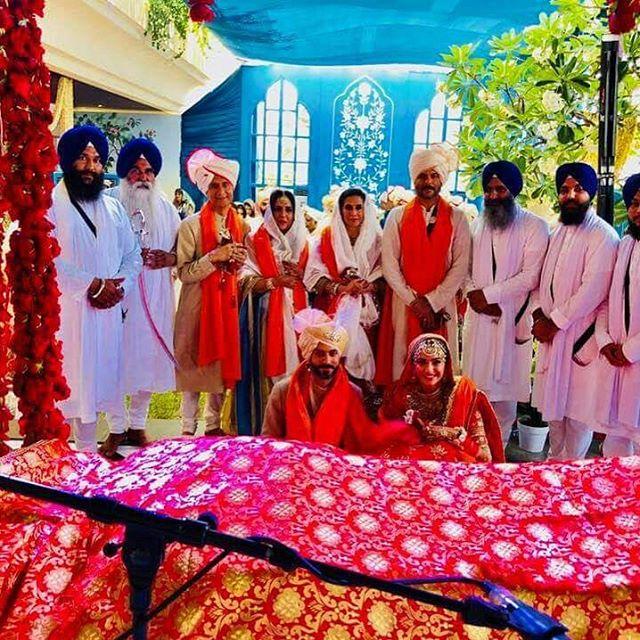 Anand S Ahuja, Sonam Kapoor Ahuja, Anil Kapoor, Sunita Kapoor, Priya Ahuja and Sunil Ahuja
