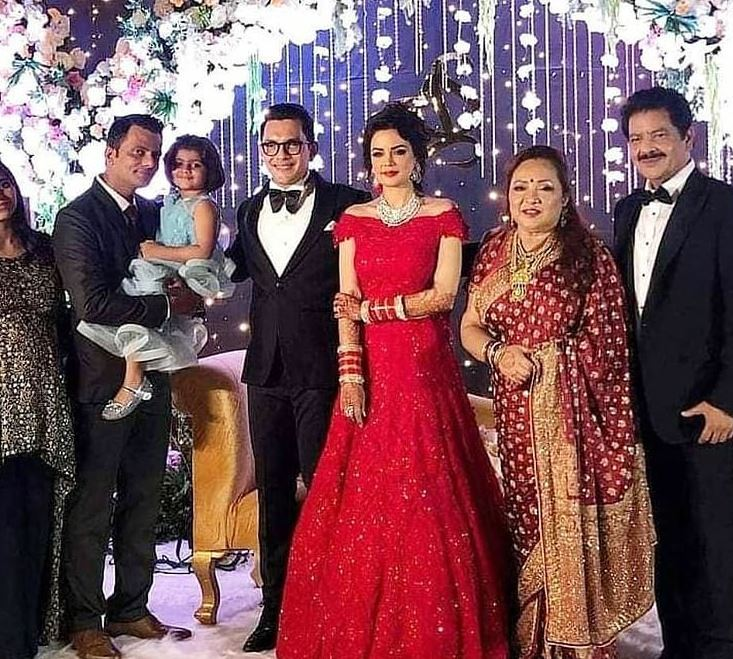 Aditya Narayan wedding reception