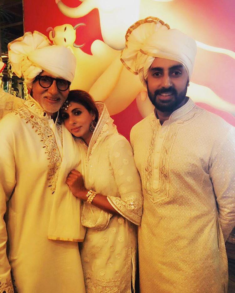 Amitabh Bachchan,Abhishek Bachchan and Shweta Bachchan Nanda