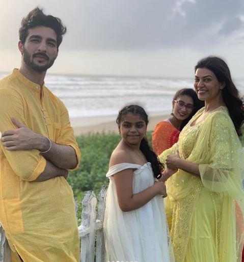 Rohman with Sushmita Family