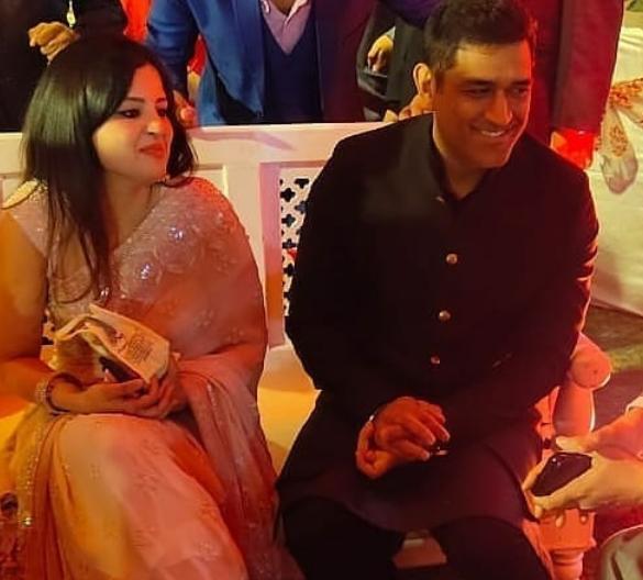 Mahendra Singh Dhoni and Sakshi dhoni