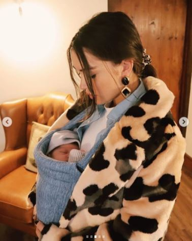Amy Jackson WIth Son