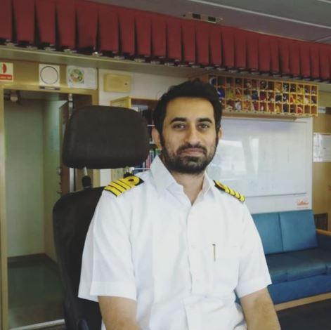 Anjum Farooki Husband
