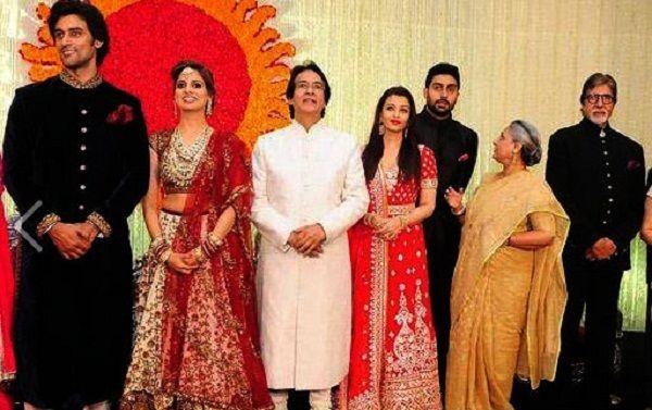 Ajitabh Bachchan Wife Ramola Son Daughters Brother Amitabh Bachchan