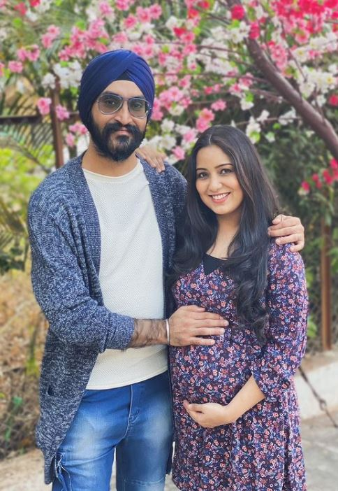 Harshdeep Kaur and Mankeet Singh