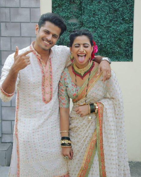 Neil Bhatt Aishwarya Sharma Get Married December 2021 Pictures Engagement