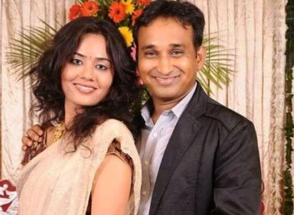 Mayur Vakani with wife Himani Vakani