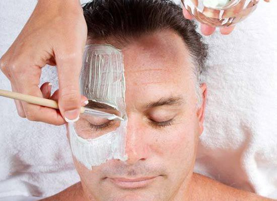 5 Amazing Homemade Face Packs For Grooms