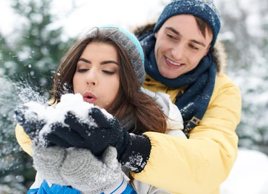 Most Romantic Honeymoon Destinations In India For Couples Who Love Snow