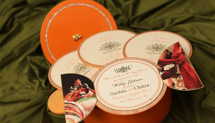 Expert Reveals 5 Great Ideas For Couples To Choose A Unique Wedding Invitation For Themselves