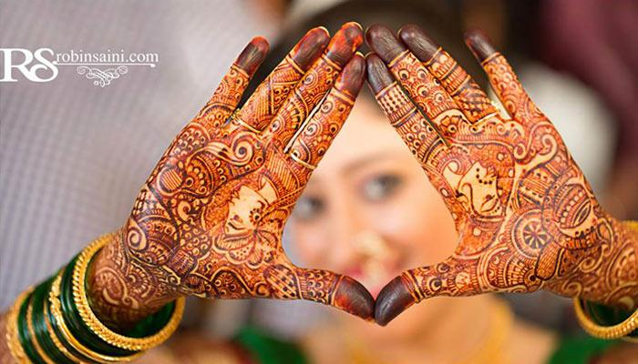 15 Beautiful Mehendi Designs To Make Your Hands Look Gorgeous This Wedding Season