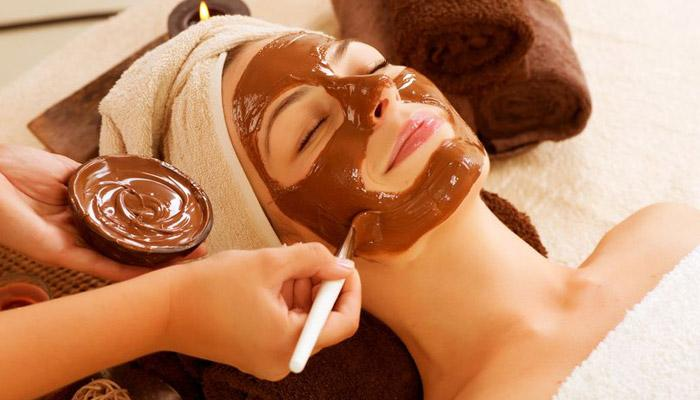 7 Best Chocolate Face And Hair Masks For You To Get Gorgeous Naturally