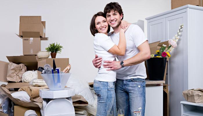 10 Things You Should And Should Not Gift To A Newlywed Couple Moving Abroad After Marriage