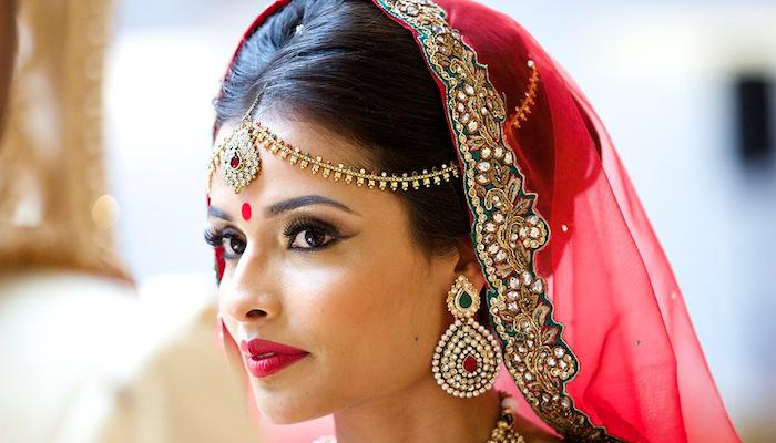 Style Guide For Modern Indian Brides To Rock The Minimal Look On Their Wedding ...
