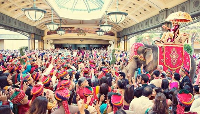 A Million Dollar Fairytale Indian Wedding In Vegas Will Blow Your Mind