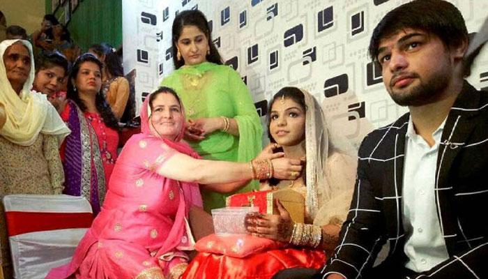 Bronze Medalist Wrestler Sakshi Malik Gets Engaged To Her Long-Time Boyfriend